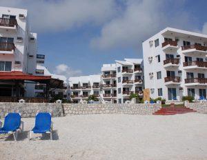 Hotel las perlas desde la playa